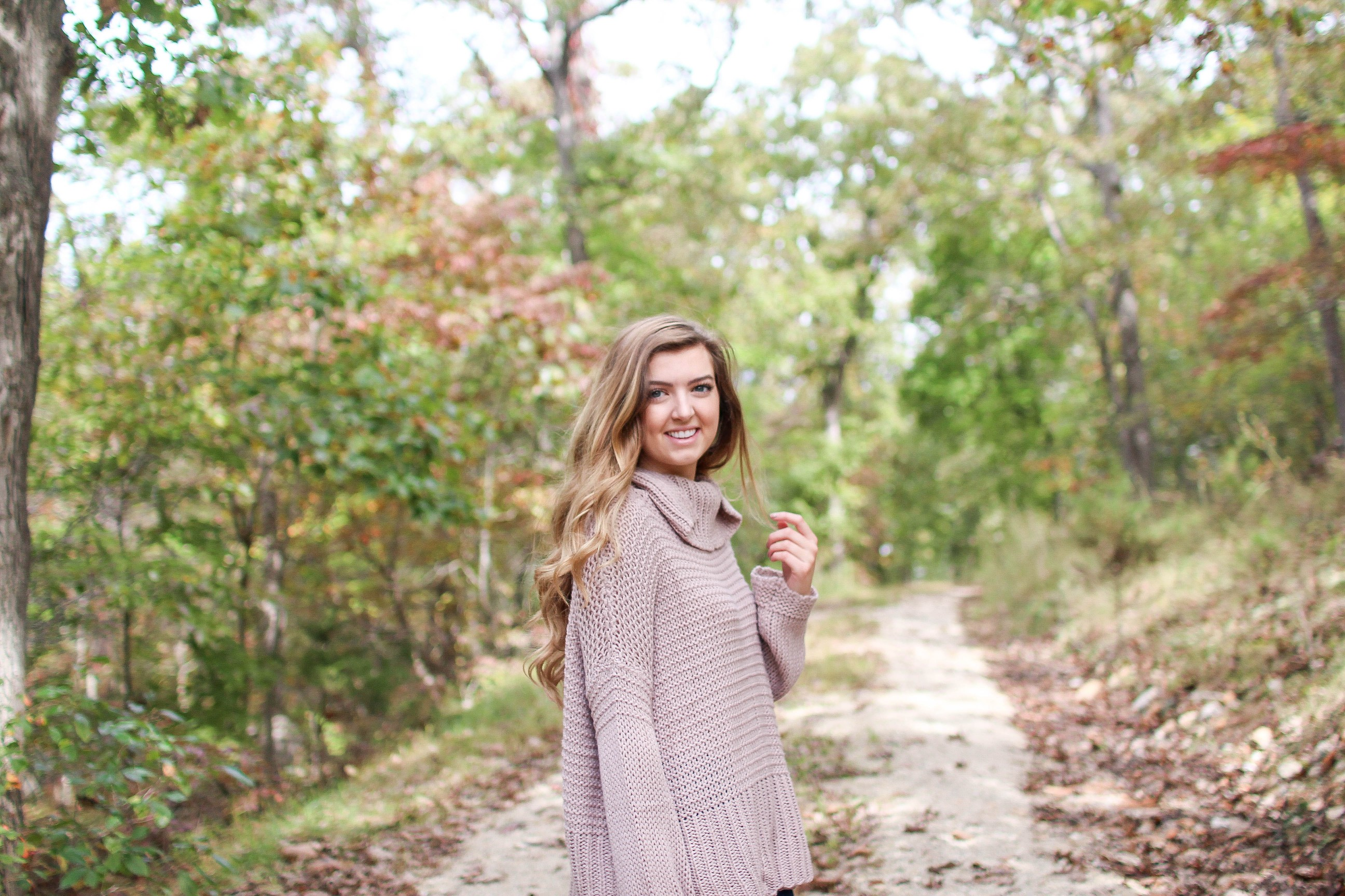 The cutest sweater to wear this fall with frye boots on the blog daily dose of charm by lauren lindmark