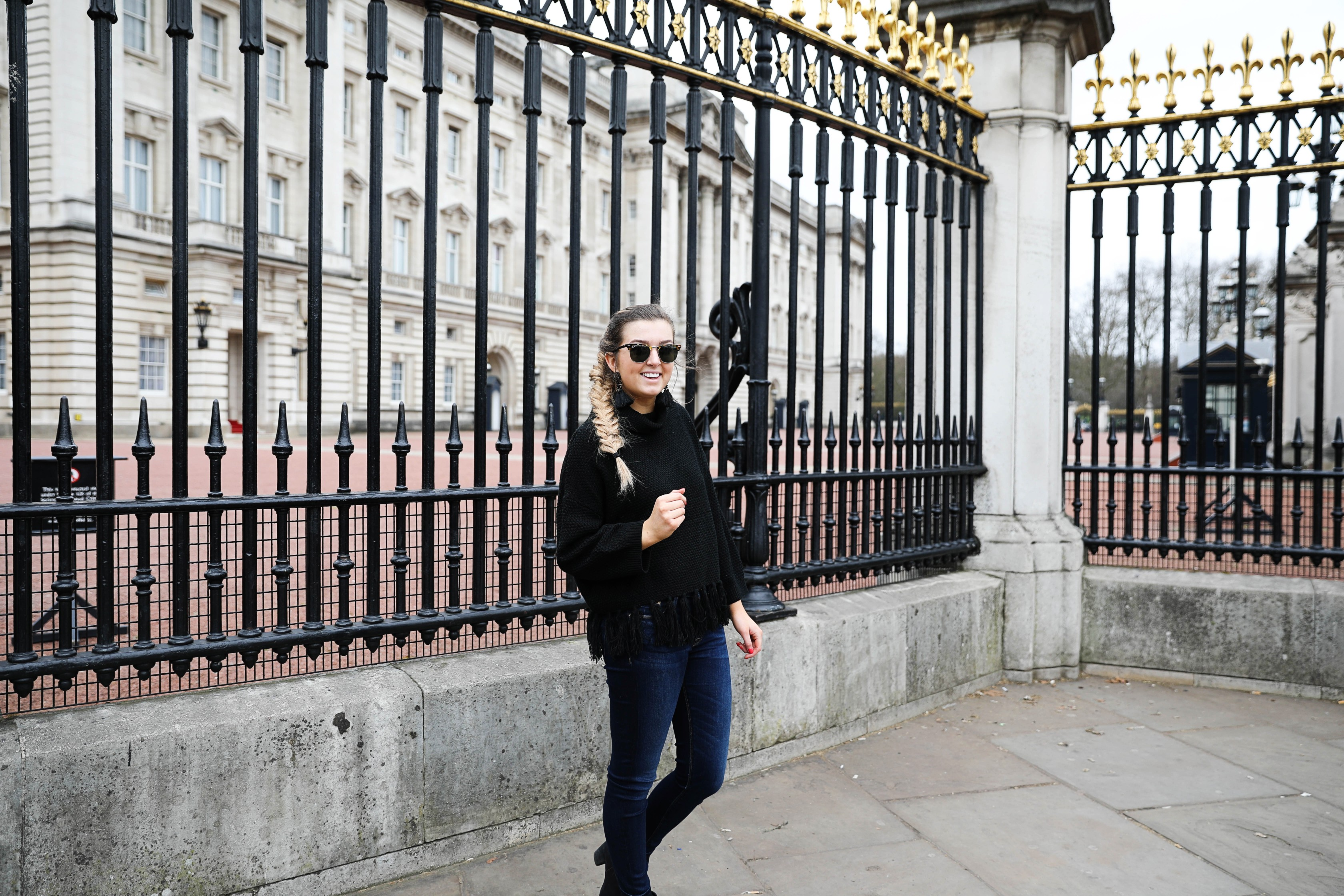 Exploring London! Such a beautiful city with so much to do! Check out my top picks on daily dose of charm by Lauren Lindmark dailydoseofcharm.com