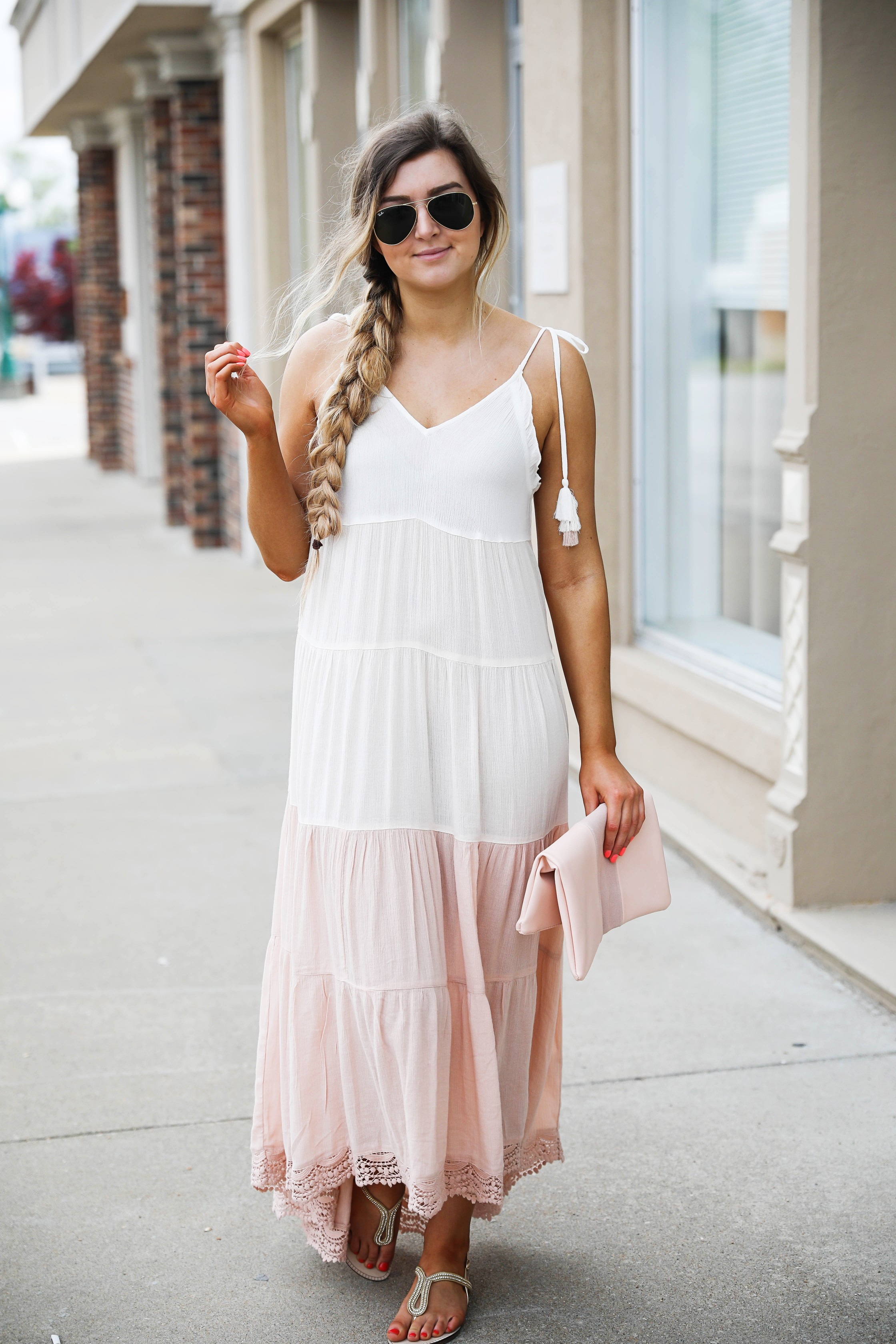 This pink and white color block dress is the perfect flowy beach dress for this spring and summer. Perfect spring outfit. By Lauren Lindmark on dailydoseofcharm.com daily dose of charm