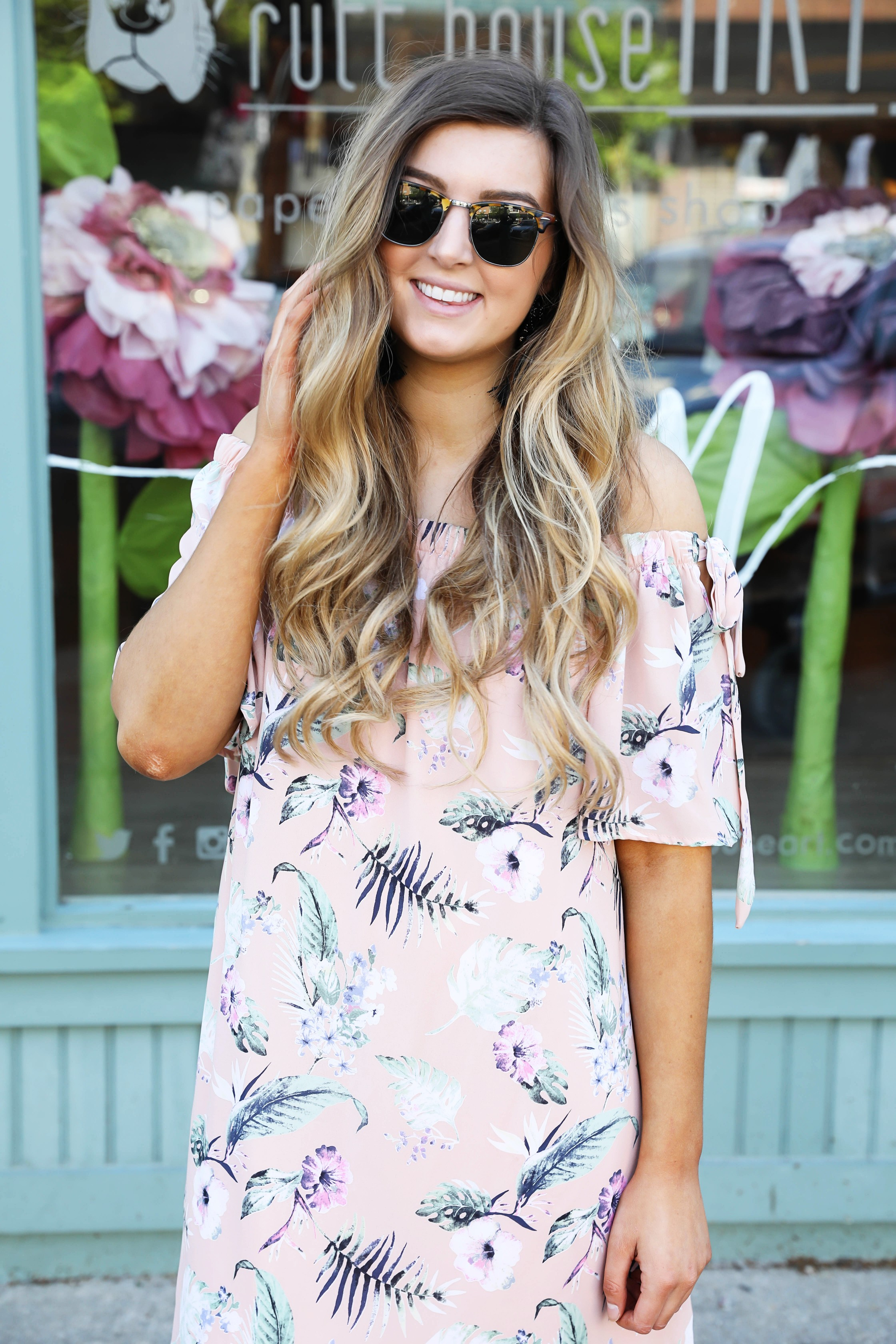 Peach tropical off the shoulder dress by Red Dress Boutique posted on Daily Dose of Charm by Lauren Lindmark dailydoseofcharm.com