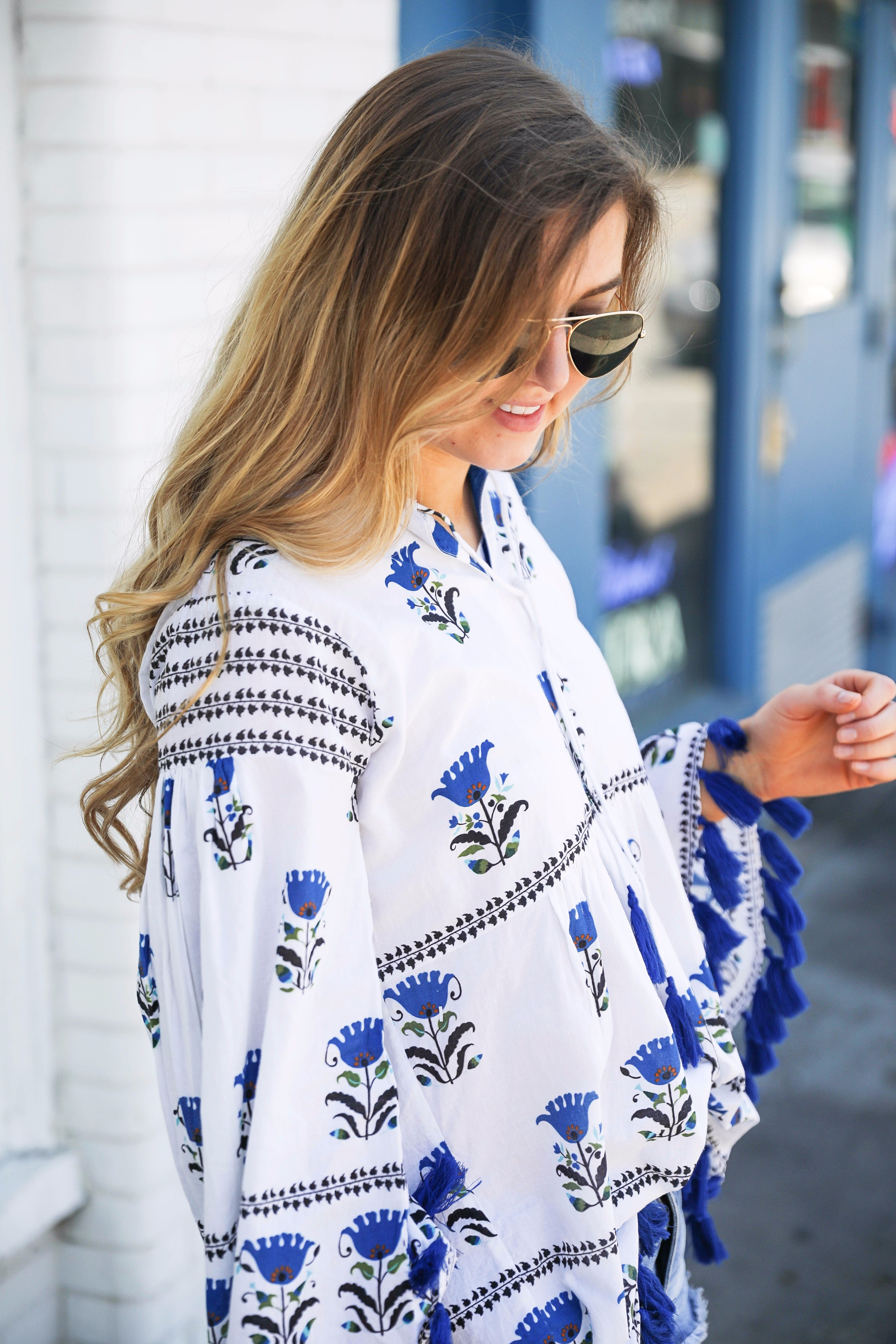 Blue tassel printed tunic summer outfit on fashion blog daily dose of charm by lauren lindmark