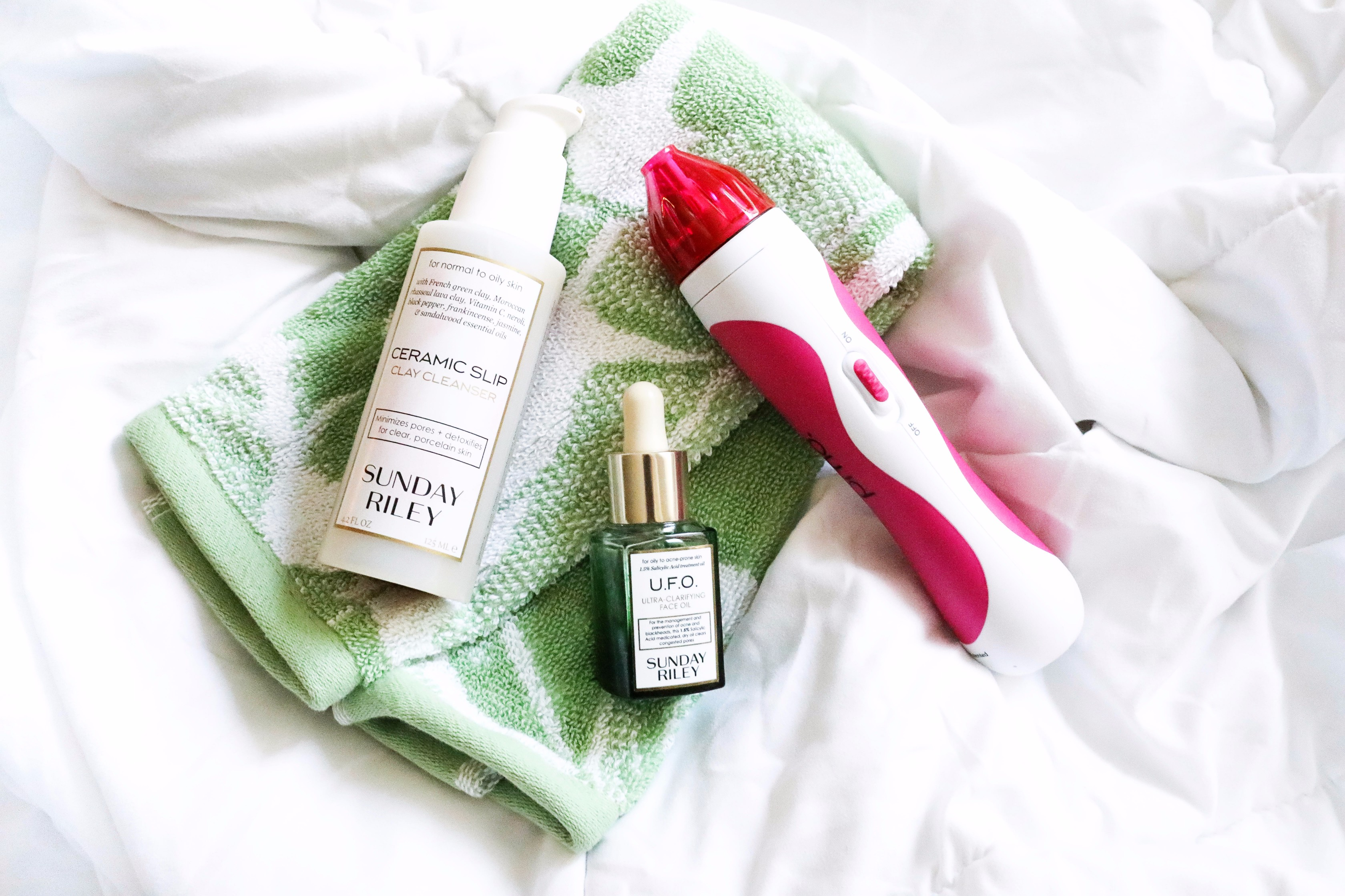 PMD microdermabrasion Sunday Riley face wash and UFO oil June favorites by fashion and lifestyle blogger lauren lindmark on daily dose of charm