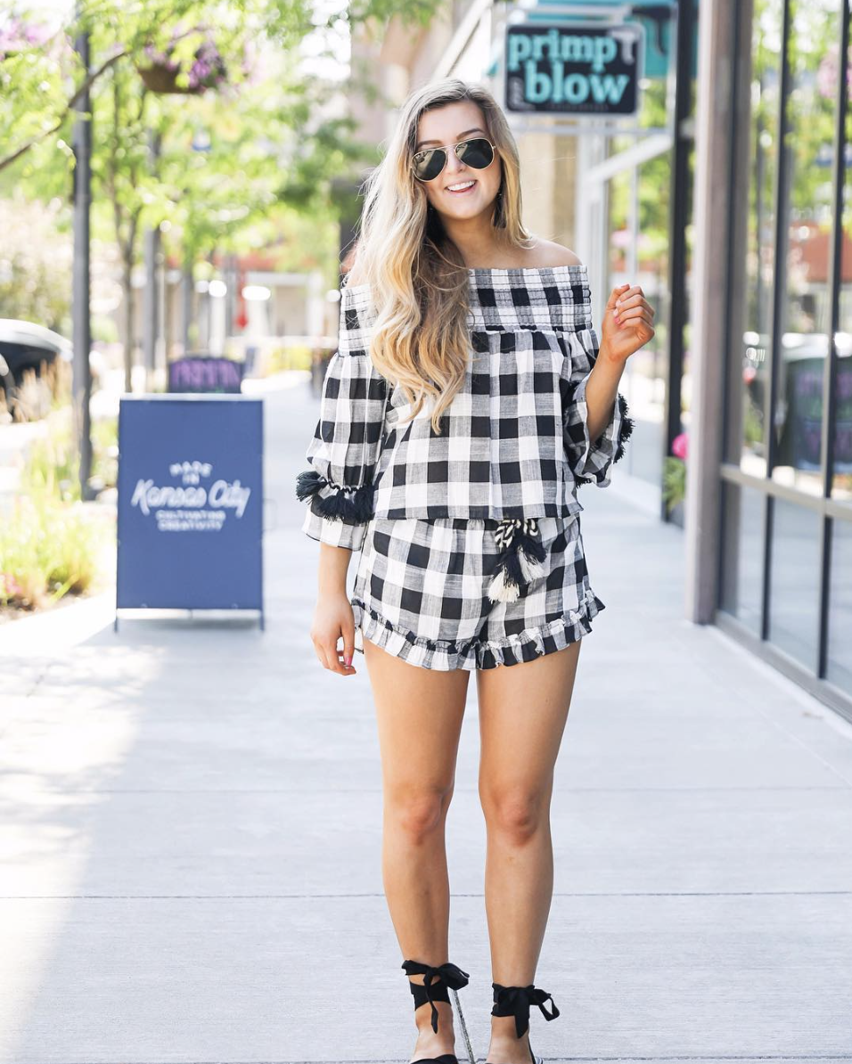 Gingham two piece set June Instagram Roundup 2017 on fashion Instagram @dailydoseofcharm by fashion blogger daily dose of charm AKA lauren lindmark