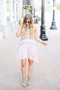 Pretty lavender lace dress paired with booties for fall! The color of this dress is amazing, I can't get over the lace detail around the waste! Outfit by fashion blogger daily dose of charm by lauren lindmark