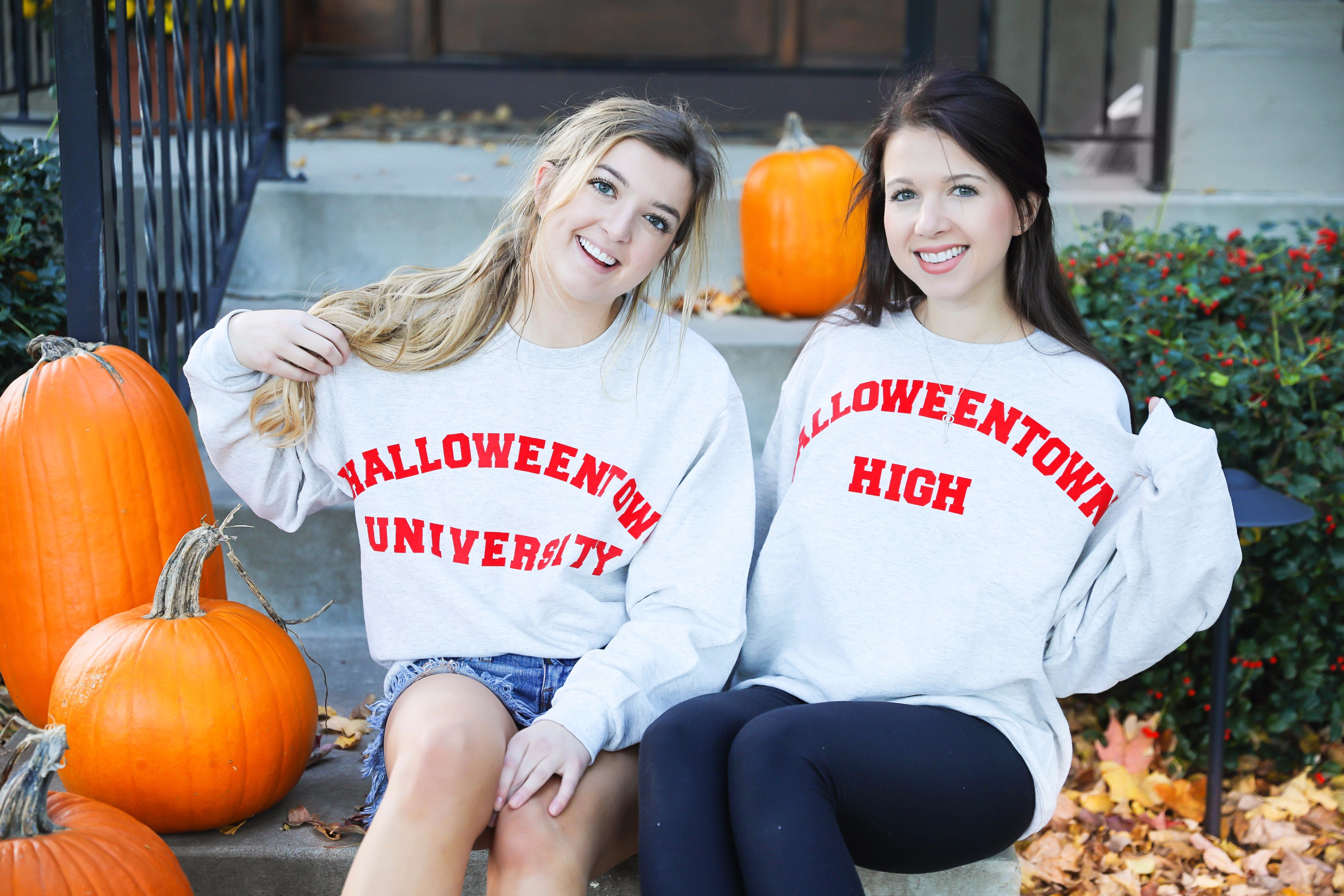 Halloweentown univeristy sweatshirt DIY! Easy last minute halloween costumes details on fashion blog daily dose of charm by lauren lindmark