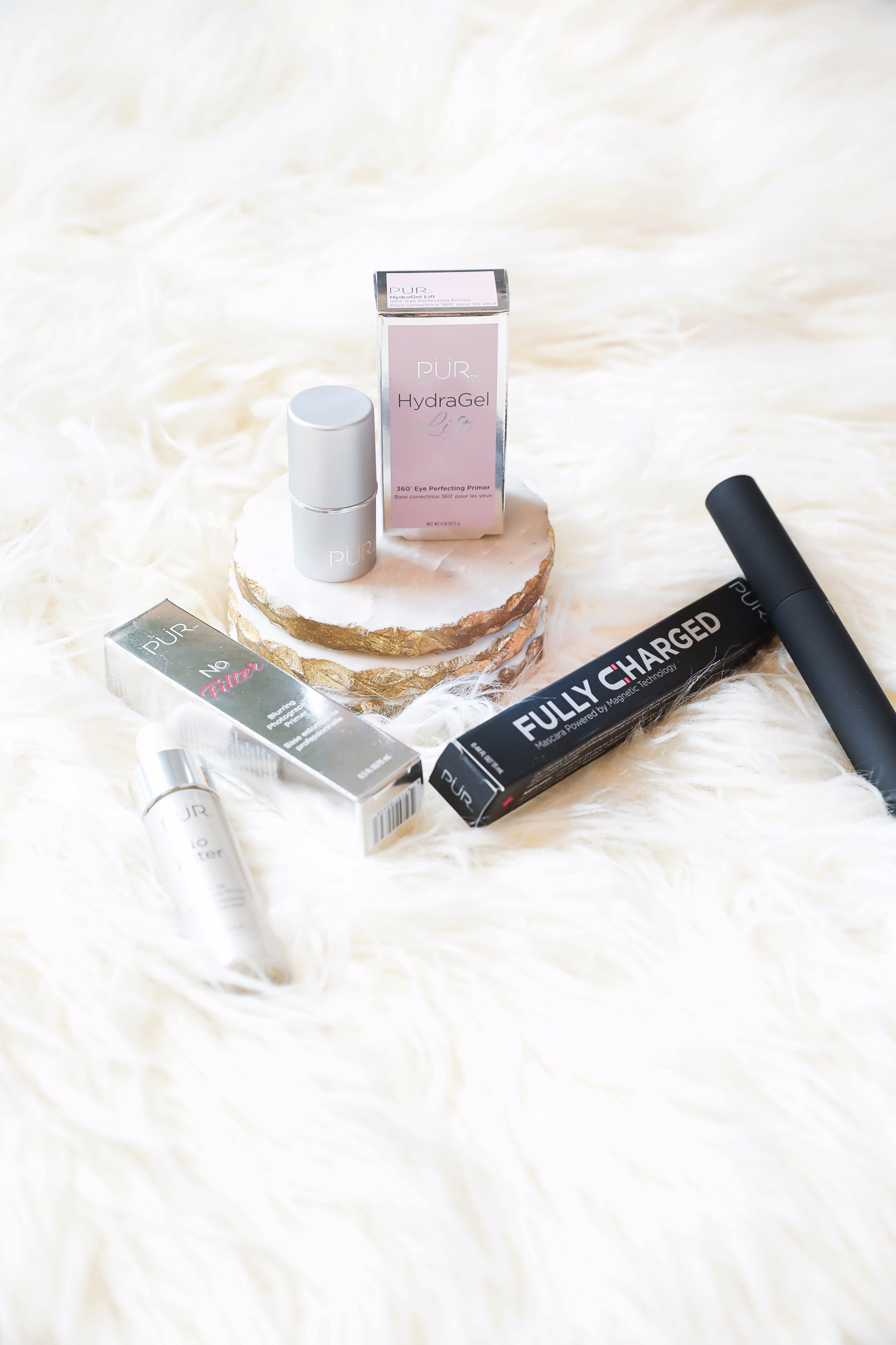October beauty favorites! Pür beauty favorites! Details on daily dose of charm by lauren lindmark