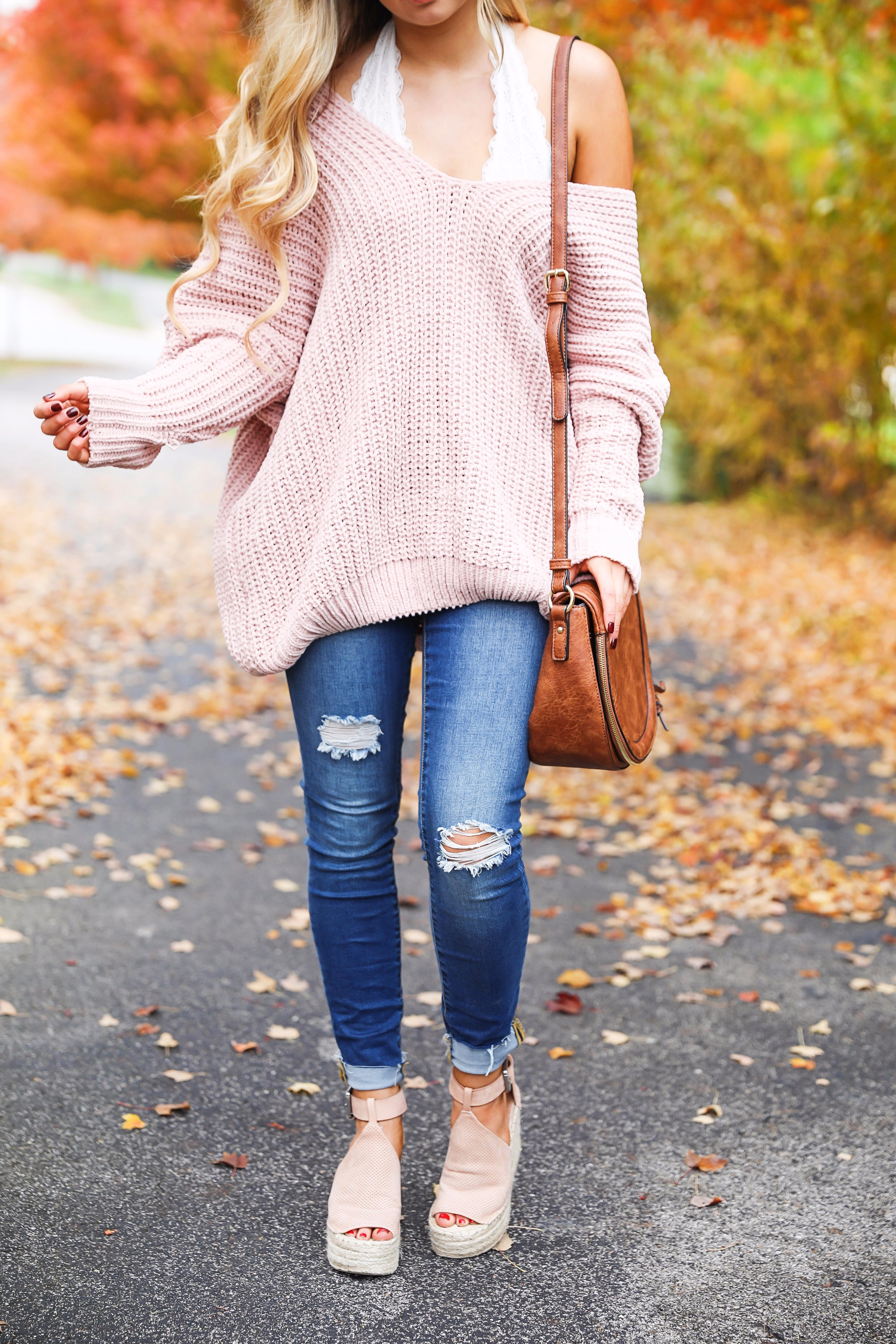 Pink slouchy sweater with cream free people bralette! The perfect sweater for bralettes! Pretty fall foliage photoshoot on fashion blog daily dose of charm by lauren lindmark