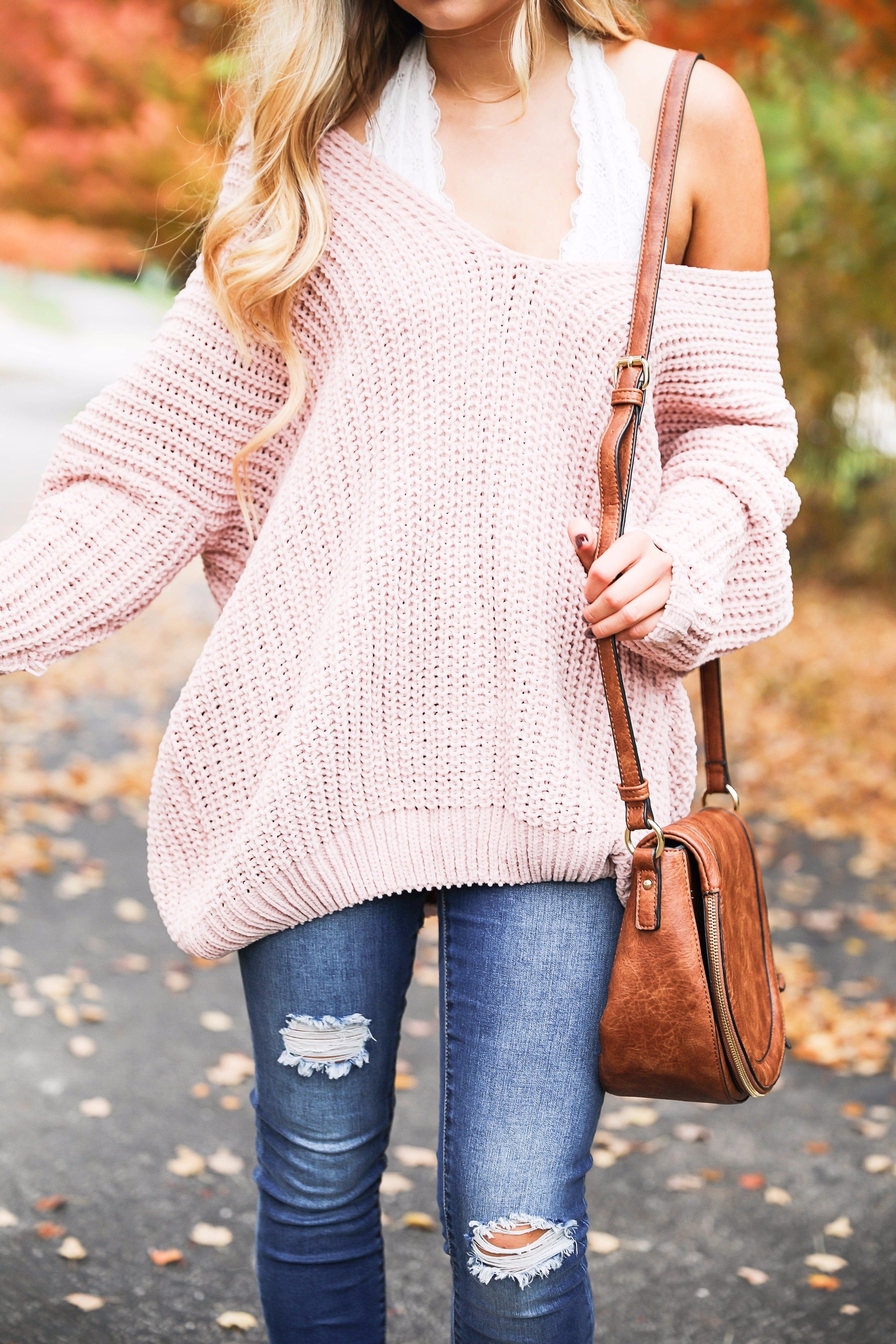 a4d46fc33e Pretty Pink slouchy sweater with cream free people bralette! The perfect  sweater for bralettes!