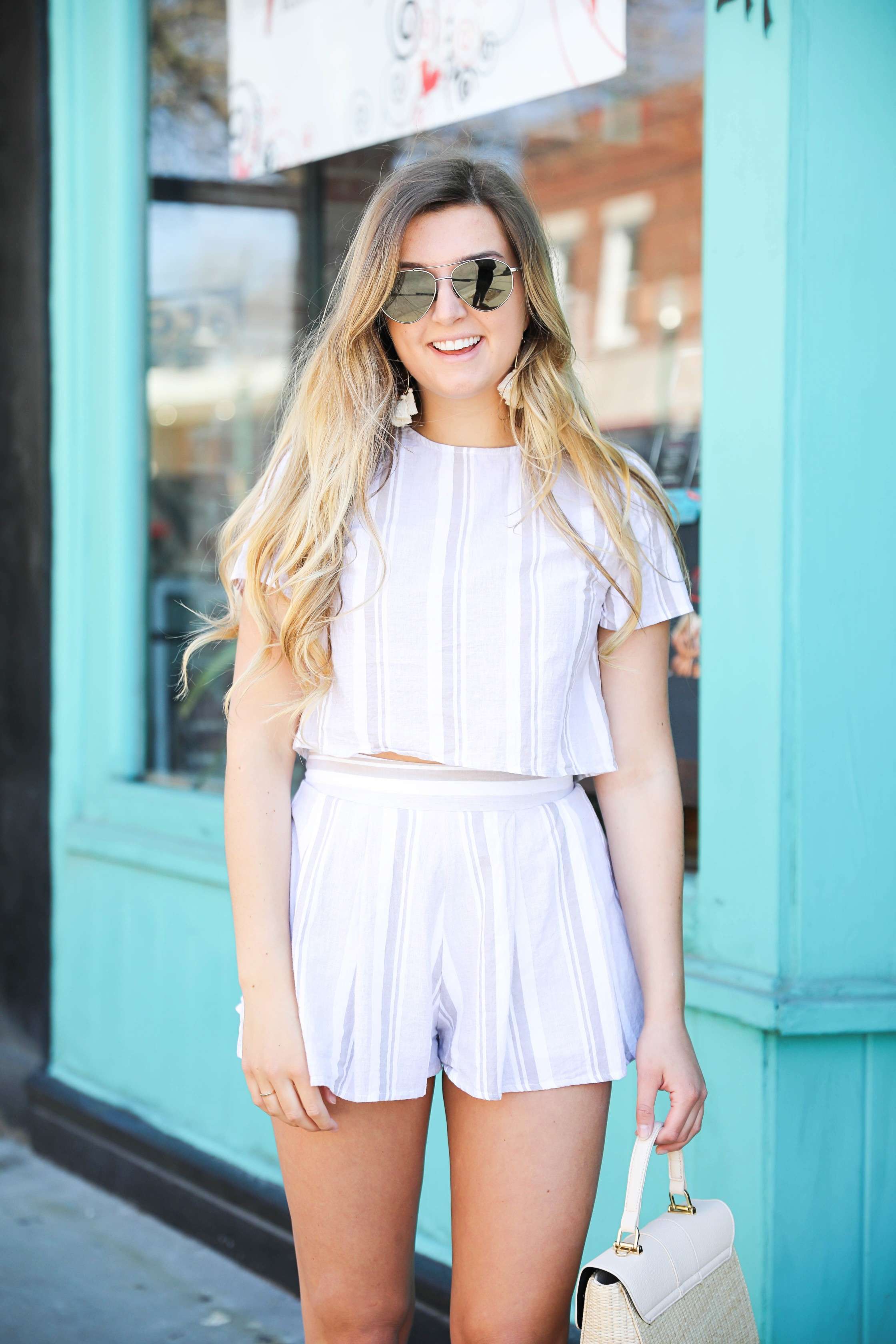Linen striped two piece set from Showpo! Paired with a super cute and inexpensive straw bag and chloe espadrille sandals! Blog turquoise wall fashion blogger daily dose of charm by lauren lindmark