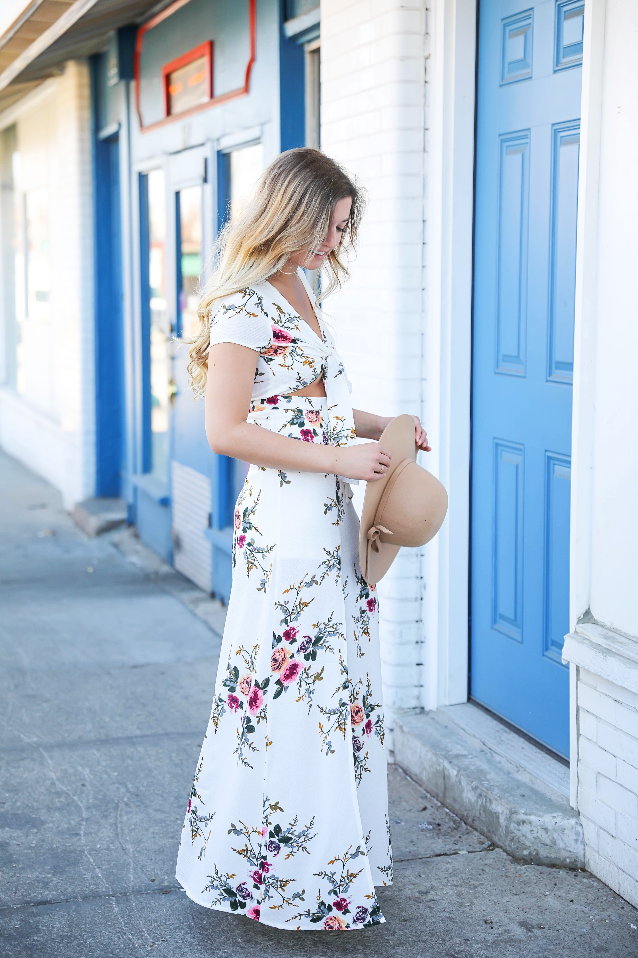 White floral maxi dress from showpo! I love how the dress is tied at the top and the stomach is open! I paired it with a tan felt floppy hat and cute espadrille wedges! Details on fashion blog from kansas city daily dose of charm by lauren lindmark