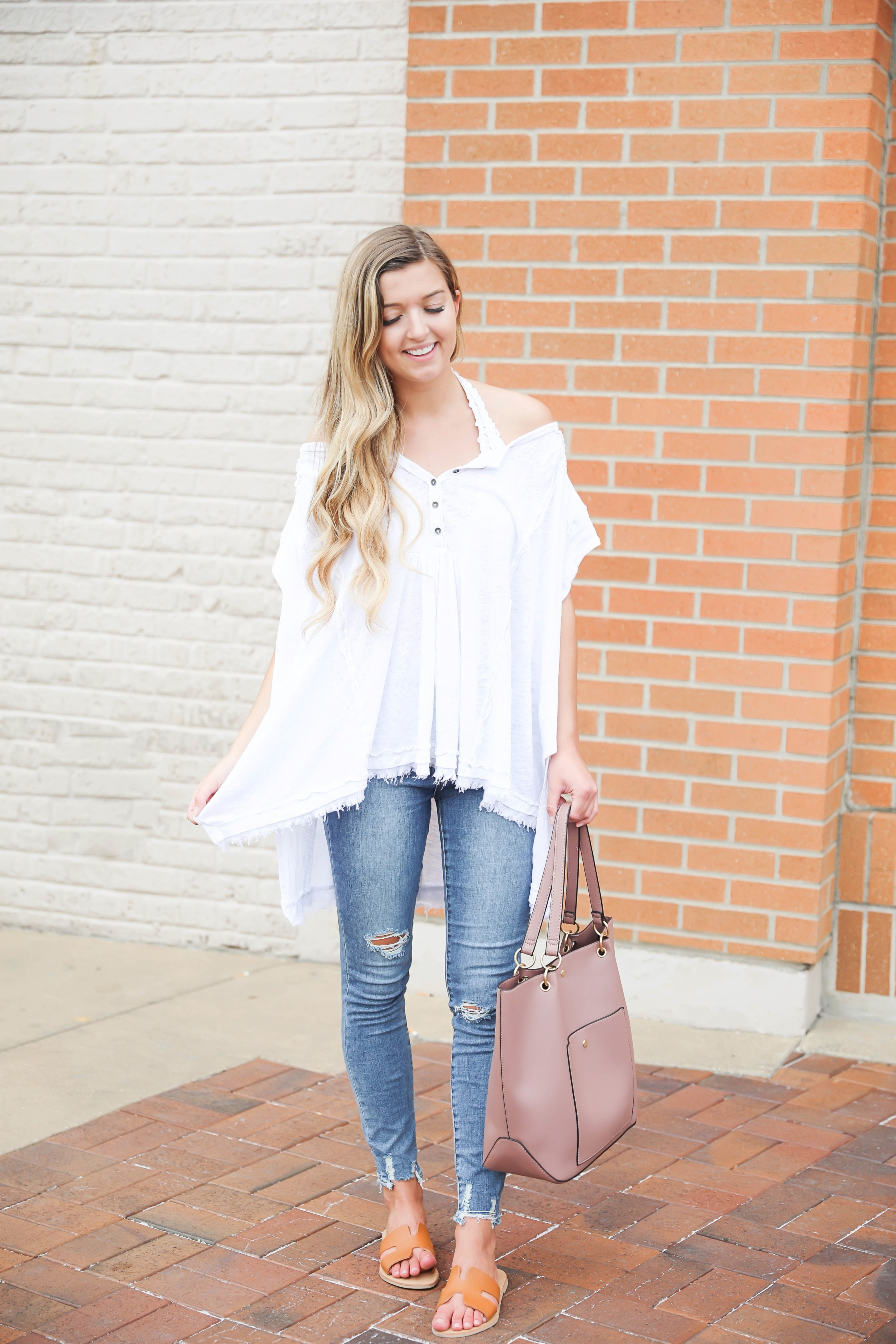 Flowy free people top paired with a bralette! I wore my cute, new articles of society jeans and mauve tote bag from the nordstrom anniversary sale! Such a cute outift to transition into fall! Details on fashion blog daily dose of charm by lauren lindmark