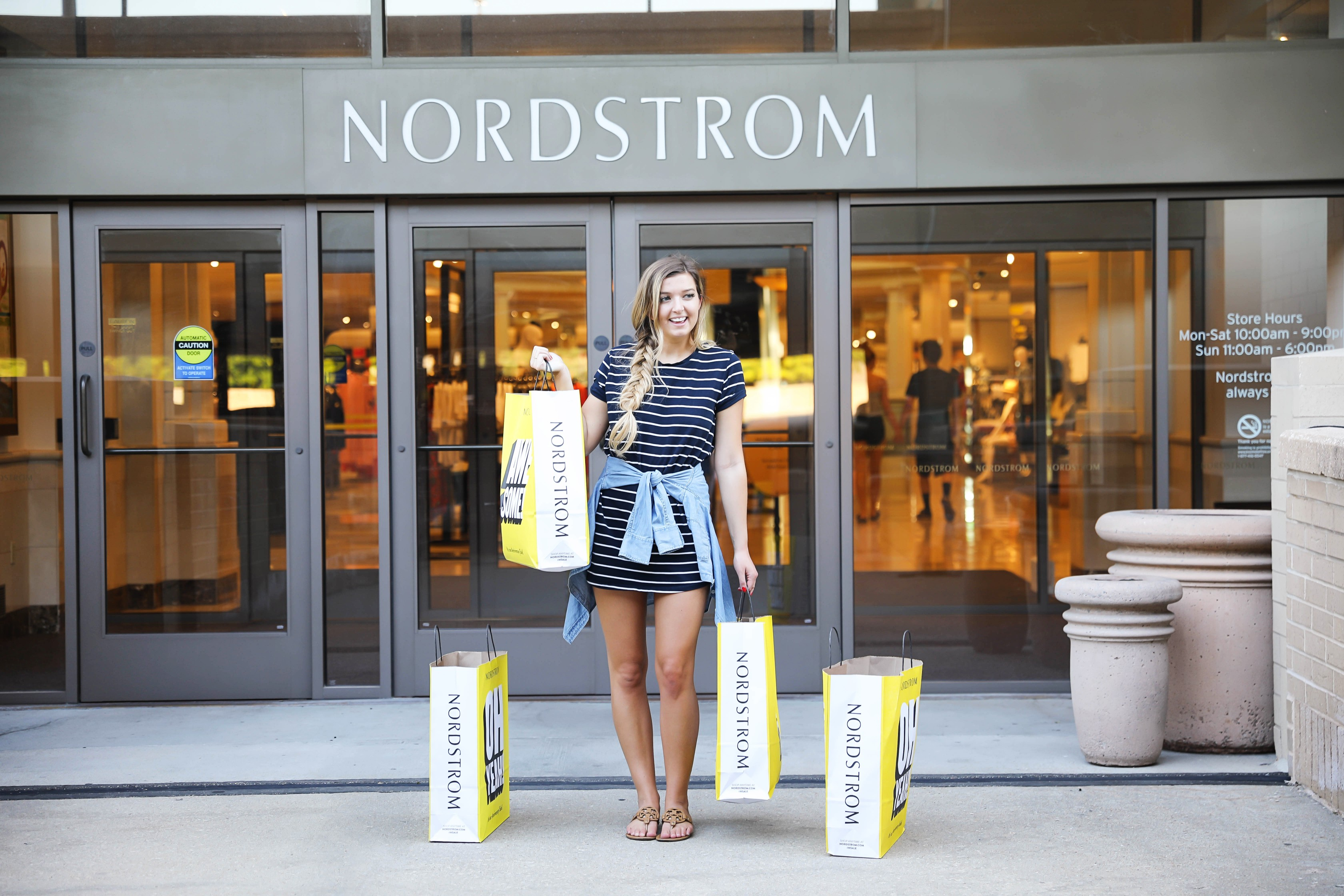 Nordstrom Anniversary Sale 2018! My favorites nordstrom sale picks this year! The cutest shoes, tops, dresses, pants, full outfits, accesories and more! Details on fashion blog daily dose of charm by lauren lindmark