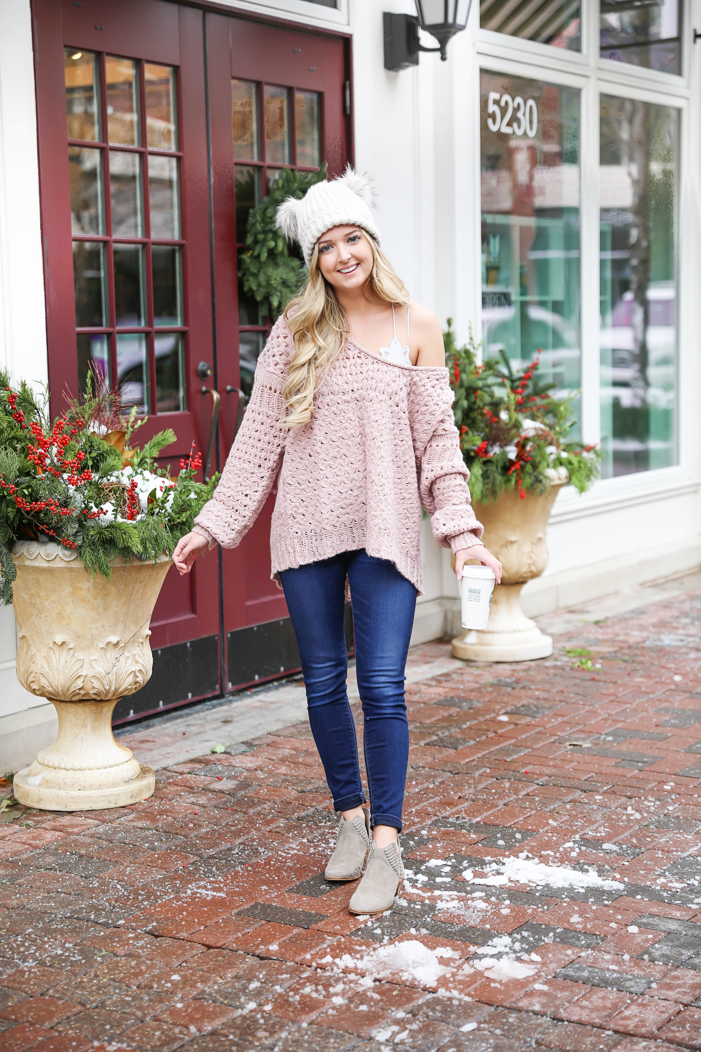 Slouchy mauve sweater! I love this pink color for winter. Plus who doesn't like a sweater that shows off a cute brallete! Both of these are by free people! Details on fashion blog daily dose of charm by lauren lindmark