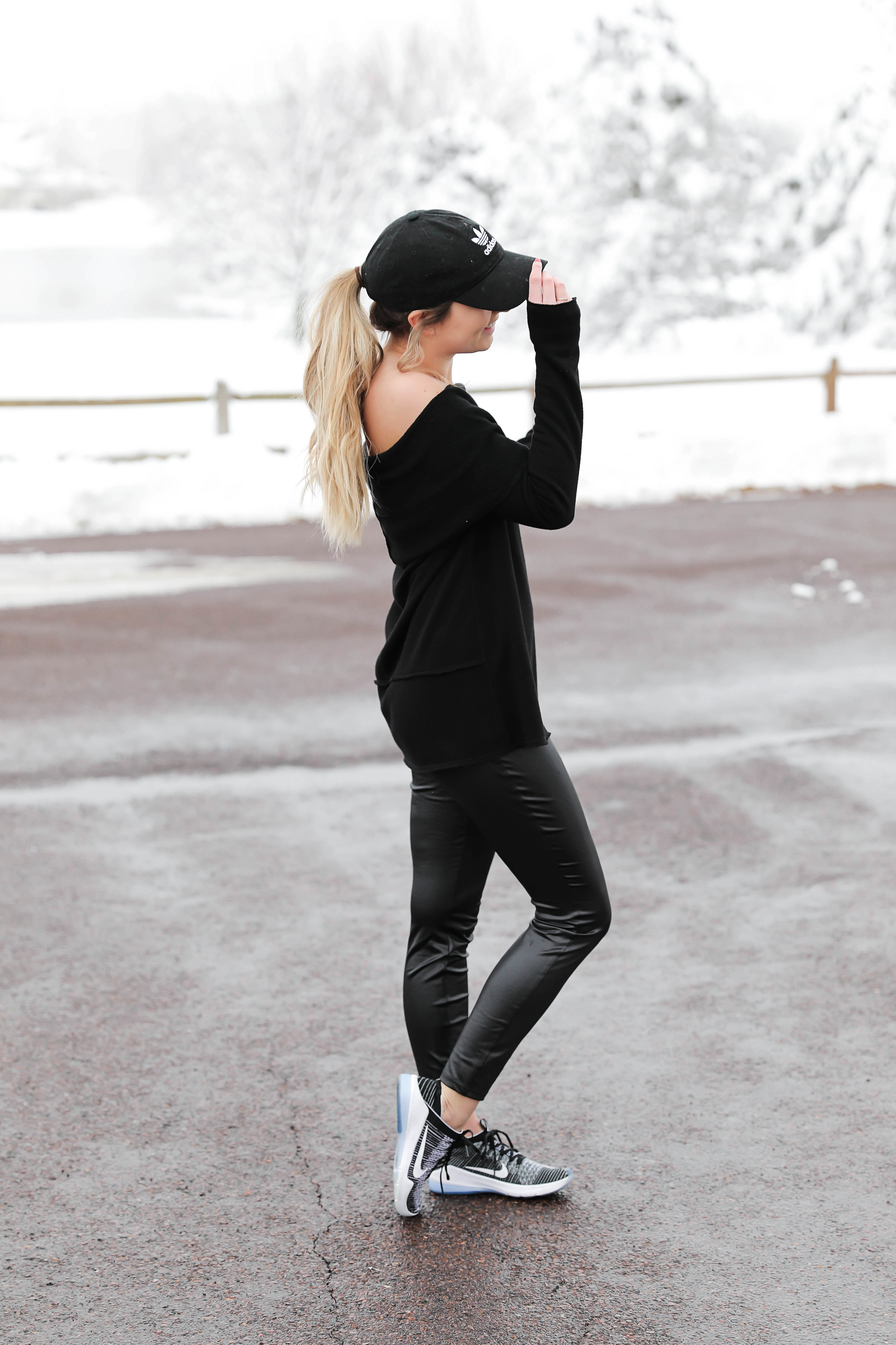 The best faux leather leggings! Comparing three different brands of faux leather pants including spanx, topshop, and target! Cute ideas for causal winter outfits and how to style leather pants! Details on fashion blog daily dose of charm by lauren lindmark