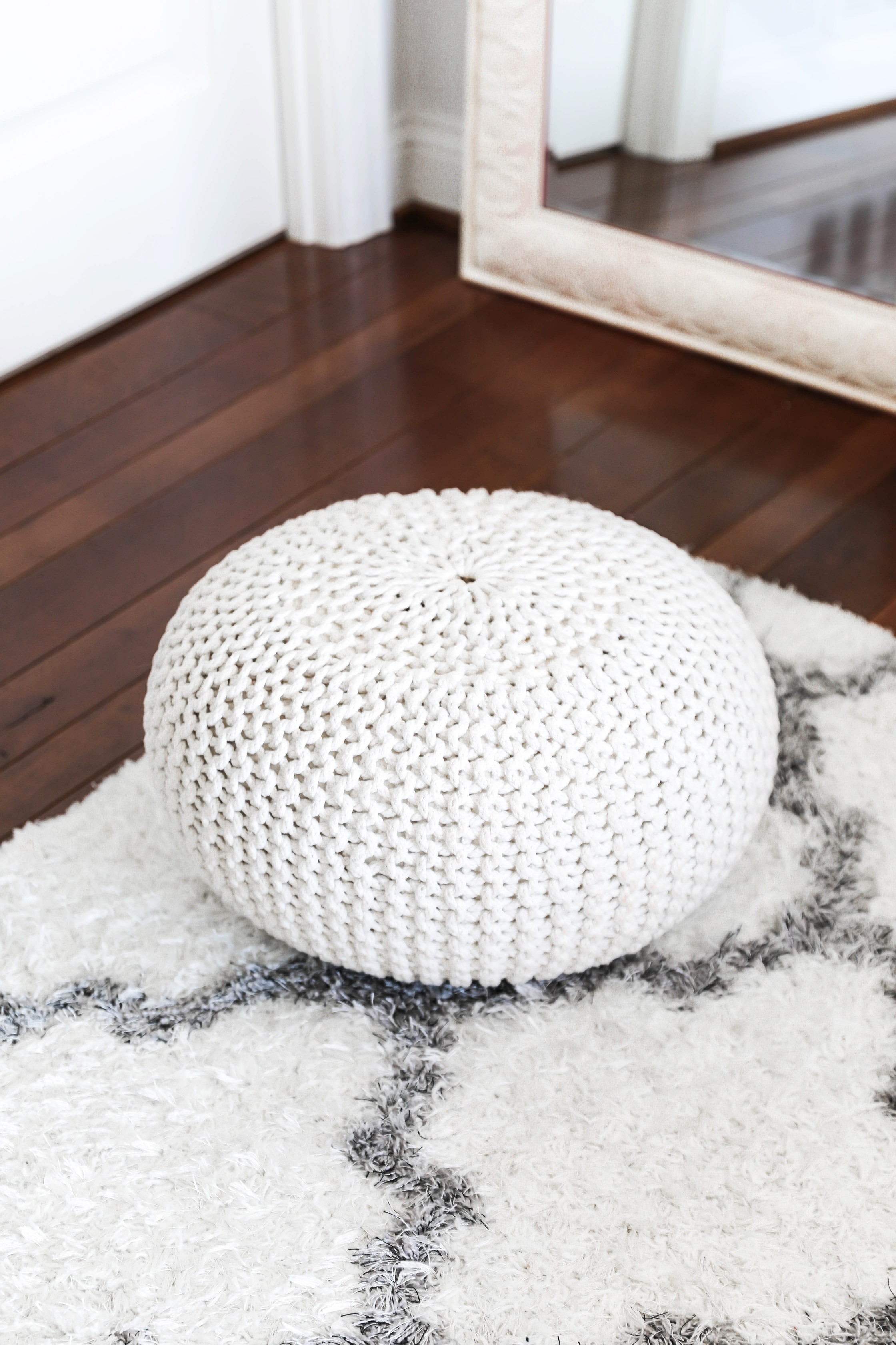 Amazon haul life hacks pouf knit decor boho lifestyle fashion blog daily dose of charm lauren lindmark
