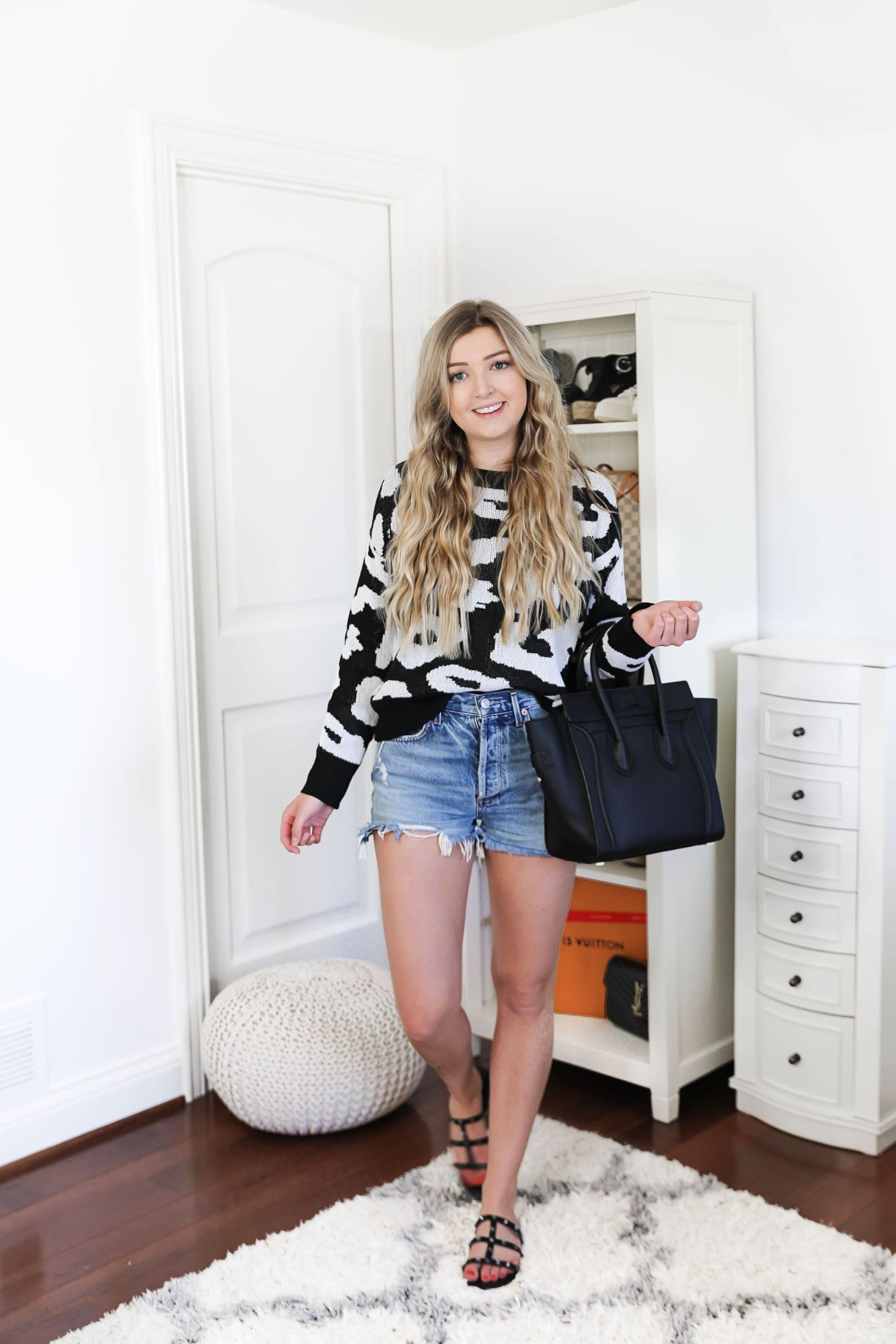 Amazon spring fashion haul! The cutest inexpensive clothing, fun sweaters, tops, dresses, and ore! Check out my ootd on fashion blog daily dose of charm by lauren lindmark