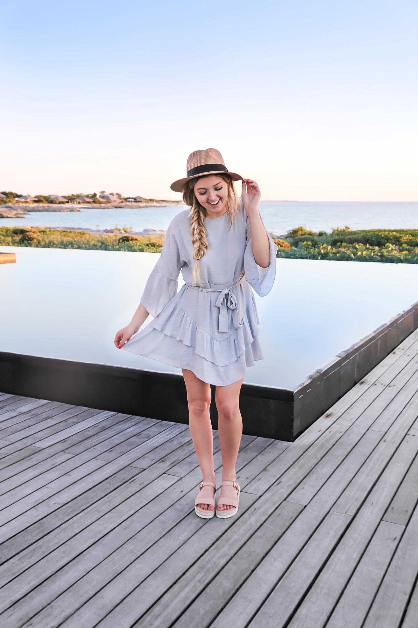 Turks and Caicos spring break outfit roundup what to wear vacation beach ootd swimsuits fashion blog daily dose of charm Lauren Lindmark