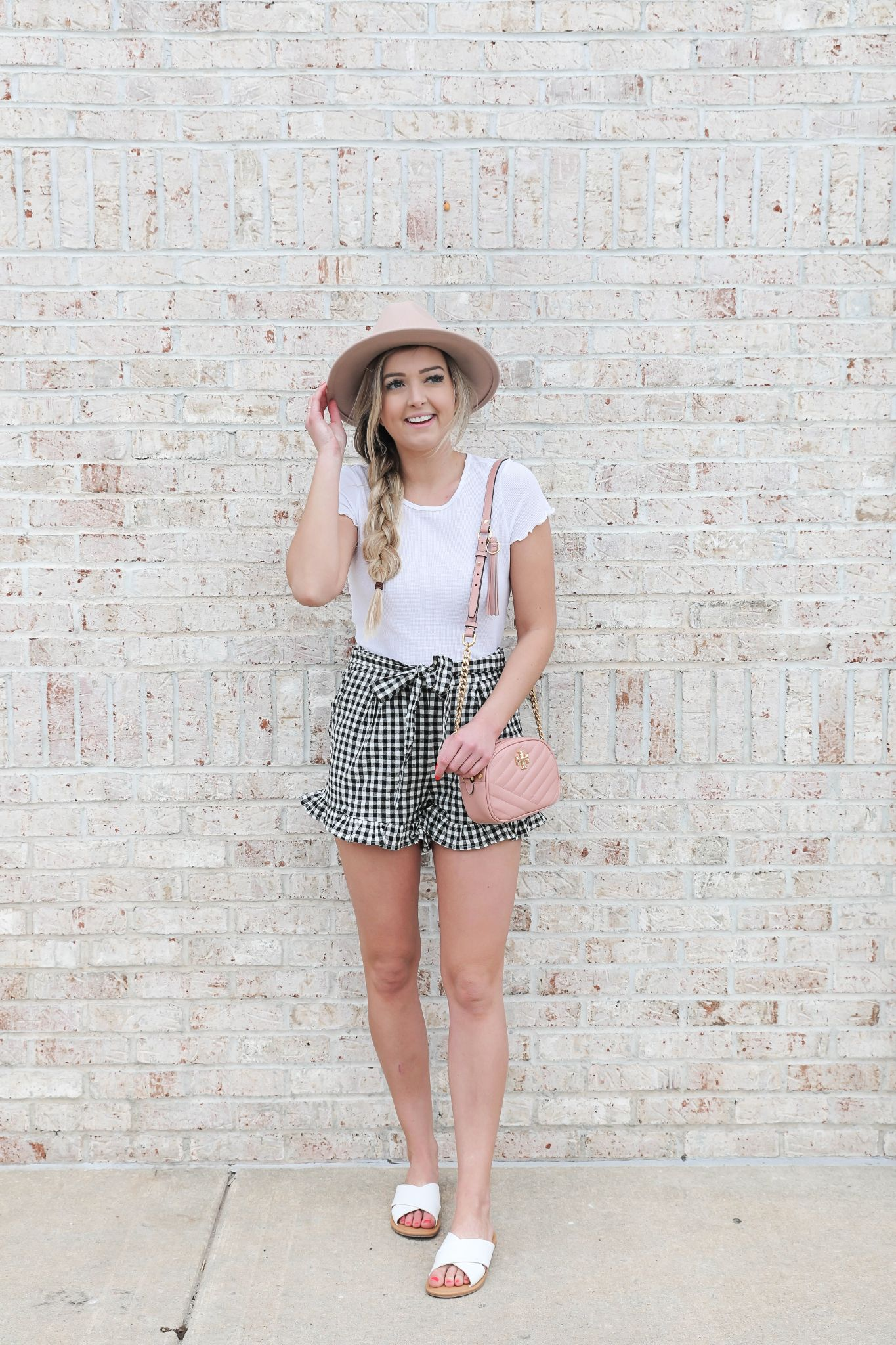 Summer shorts roundup! I am loving paper bag shorts right now, and these gingham ones are my favorite! I paired it with an adorable felt hat! Details on fashoin blog daily dose of charm by lauren lindmark