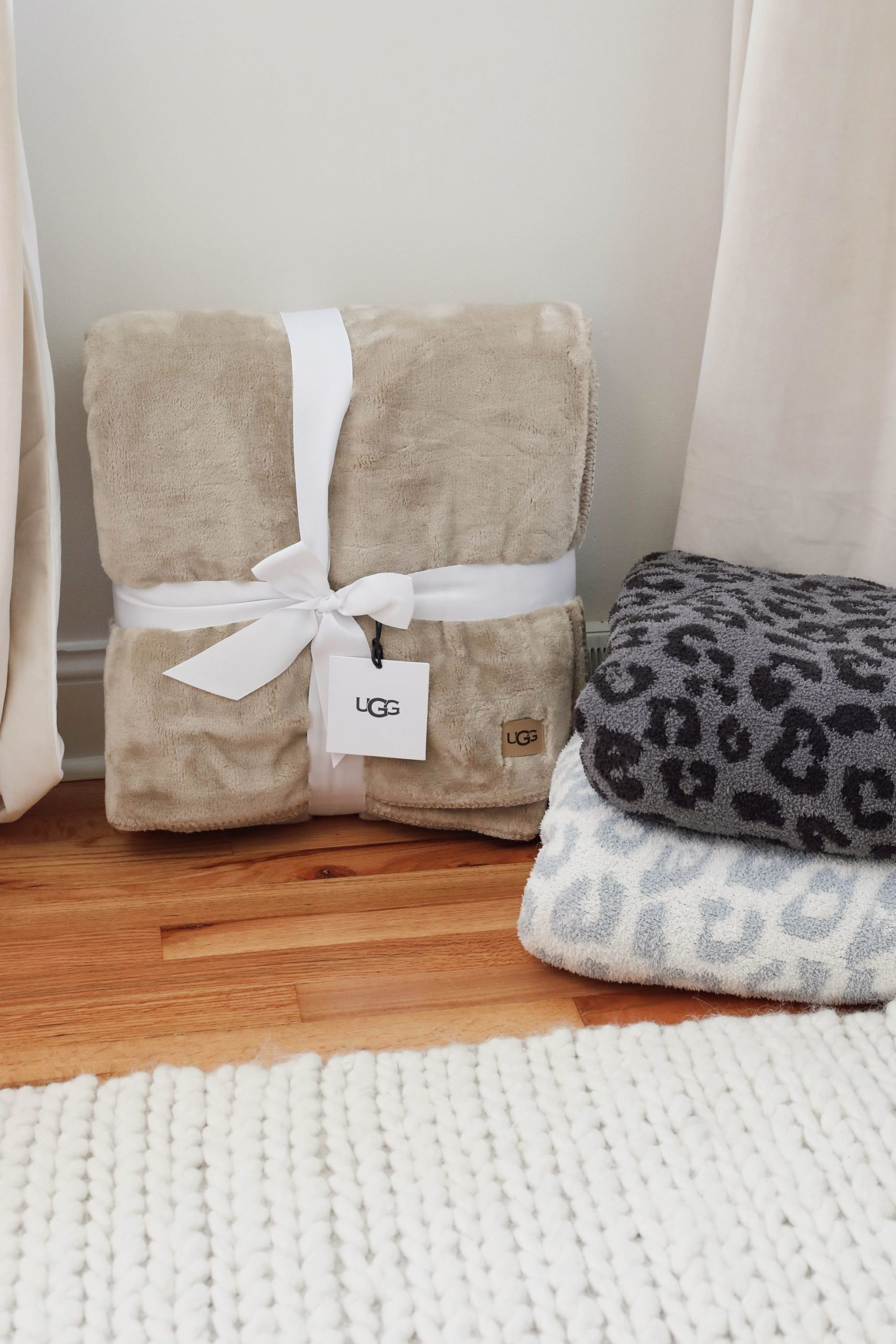Nordstrom Anniversary Sale nsale try on haul home decor blabkets Lauren Lindmark daily dose of charm